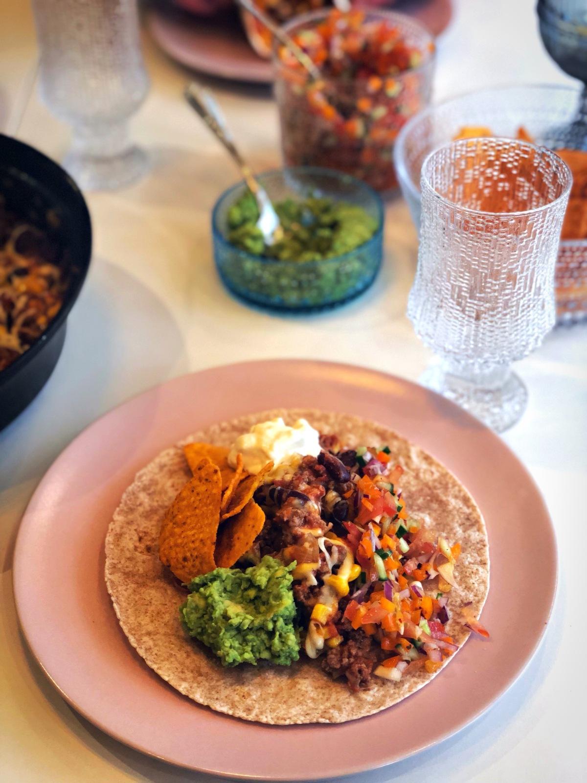 Taco-panna, heimagert salsa ogguacamole